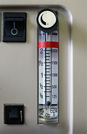 DeVillbiss low flow oxygen concentrator detail