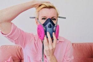 10-put-on-mask-ear-ozone-insufflations