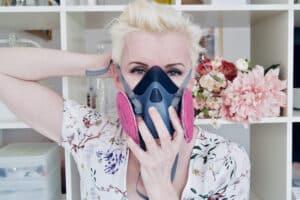 put mask on